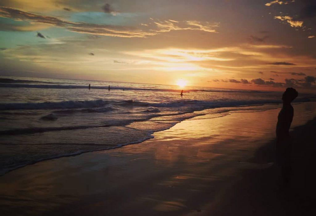 Pantai Bantayan via IG @doniyusaputra