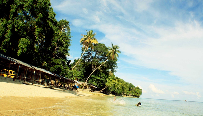 Pantai Calok Samalanga dan Mamplam via Wisatadirektoricom