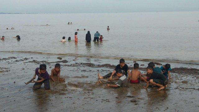 Pantai Sawang via Steemitcom