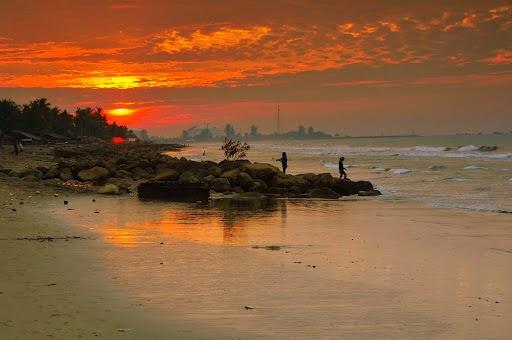 Pantai Ujong Blang via Jaksabewoesiatcom