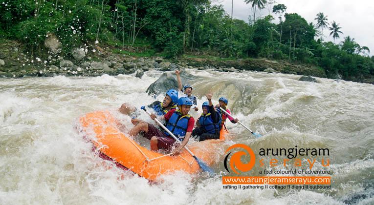 Arung Jeram Sungai Serayu via Arungjeramserayucom