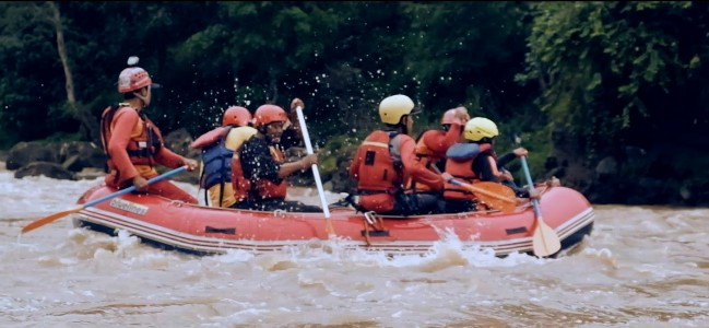 Arung Jeram di Sungai Citanduy via Youtube