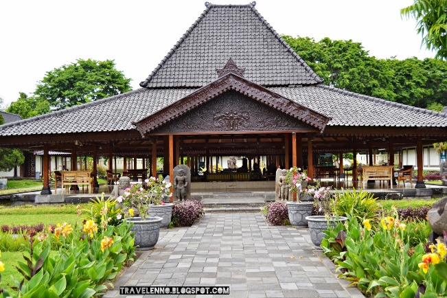 Museum di Candi Prambanan via Travelenno.blogspotcom