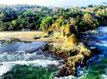 Pantai Karang Nini via IG