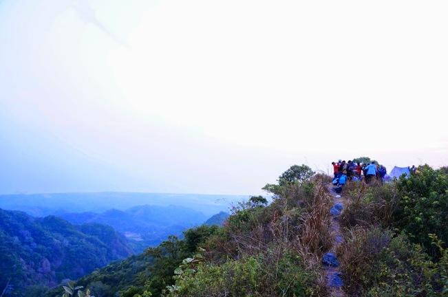 Gunung Lasem via Sumber