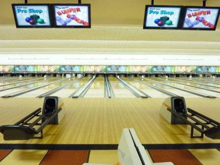 Jaya Bowling Ancol via CheckinJakartacom