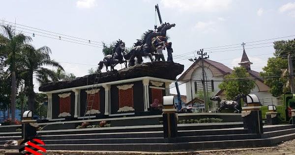 Monumen Arjuna Wiwaha Cepu via Kabarcepucom