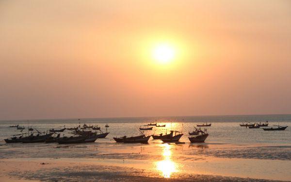 Pantai Binangun via Rembangfokus.blogspot.com