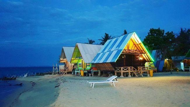 Pantai Sembilan via IG @kades_bringsang