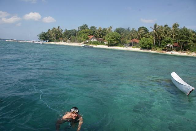 Pulau Mamburit via Koran-madura.blogspotcom