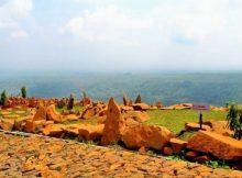 Wisata Bukit Batu Songgong via Nusantaranews-co