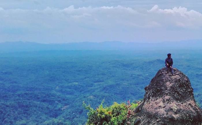 Bukit Watu Geong via IG @maolana_riley