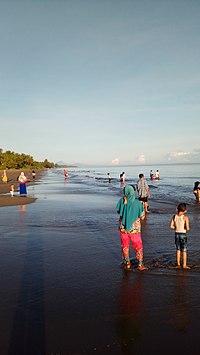 Pantai Balemon