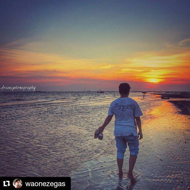 Pantai Camplong via IG @waonezegas