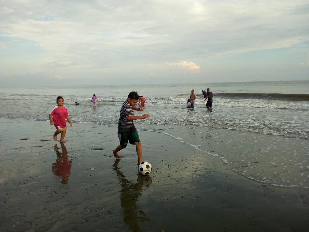 Pantai Kuthang
