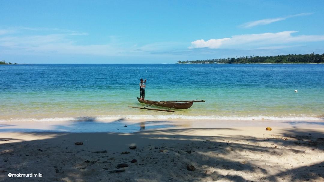 Pantai Labuhan Bakti via Ig @mamurdimila