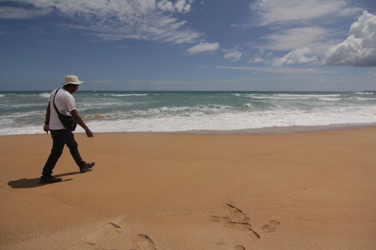 Pantai Pasir Merah