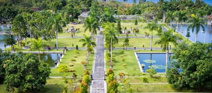 Taman Ujung Karang Asem