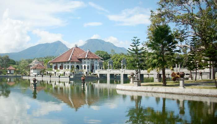 Taman Ujung Soekasada