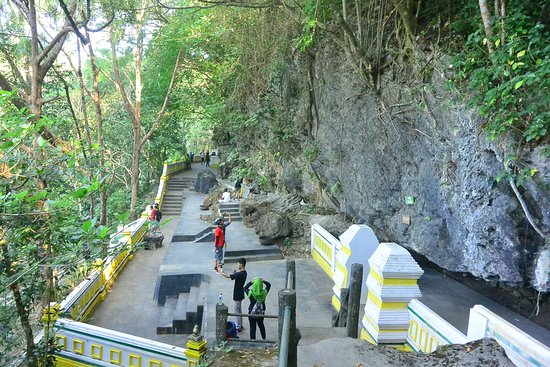 Gua Selarong via Tripadvisor