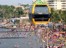 Pantai Ancol Ramai Pengunjung via Harianterbit