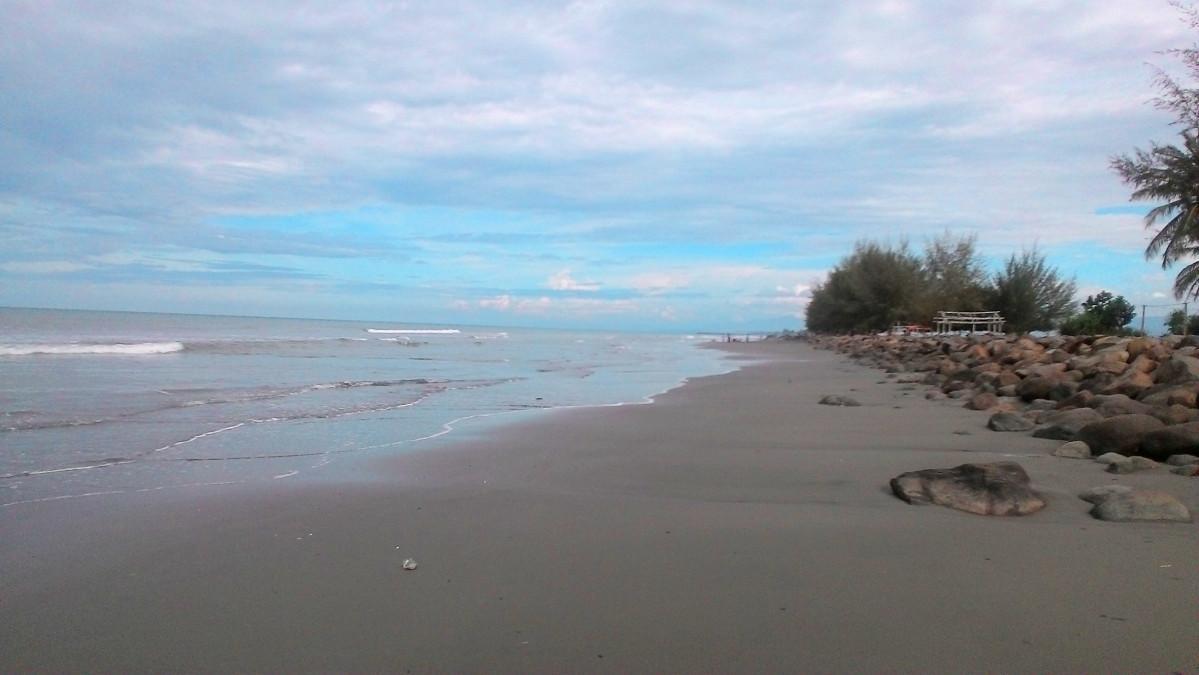 Pantai Mantak Tari