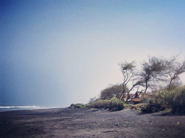 Pantai Pandansimo Bantul