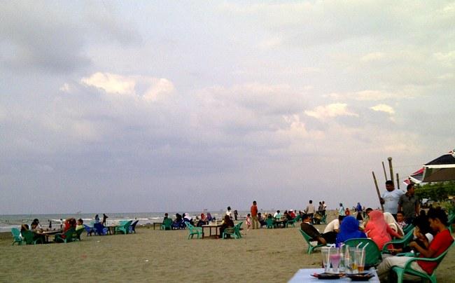 Pantai Pelangi via Pidiekabgoid