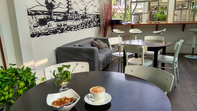 Tantular Cafe via Kotakpermen