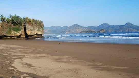 Pantai Taman Kili – Kili