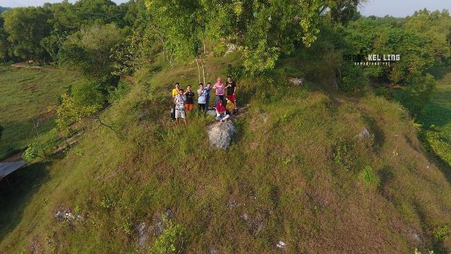 Gunung Lumut via Sewadrone