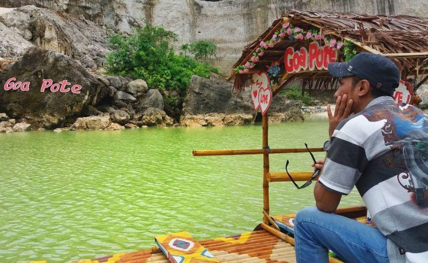 Kolam Renang Goa Pote via IG @yoga_rusmayro
