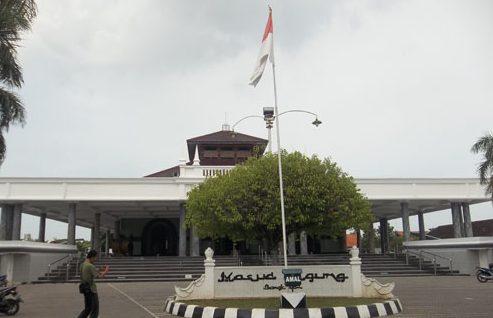 Masjid Agung Bangkalan via Situsbudaya