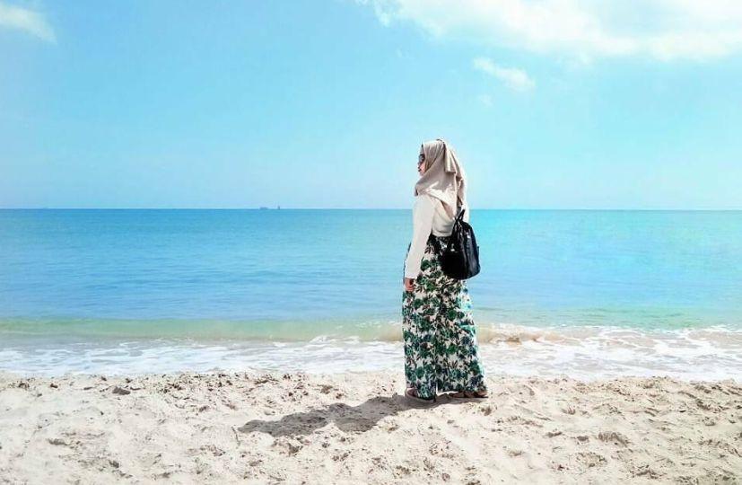 Pantai Siring Kemuning via IG @miftahikmaaah