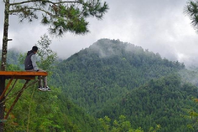 Rumah Pohon Anyep via Jatengprovgoid