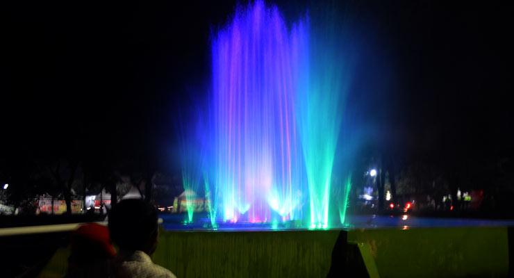 Taman Air Mancur Laser