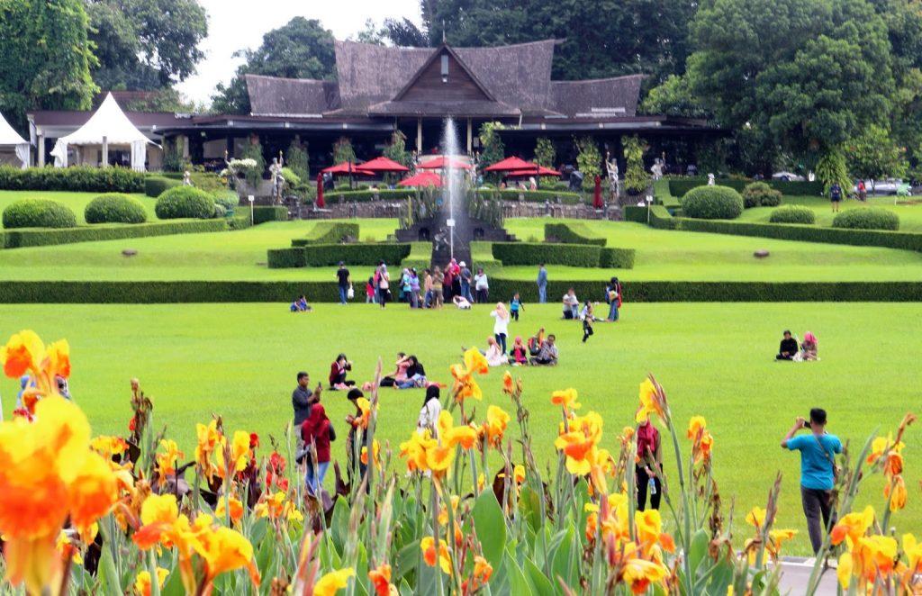 Taman Astrid via Travelingyuk