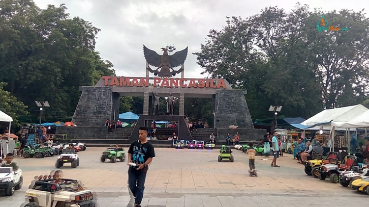 Taman Pancasila via Visitklaten