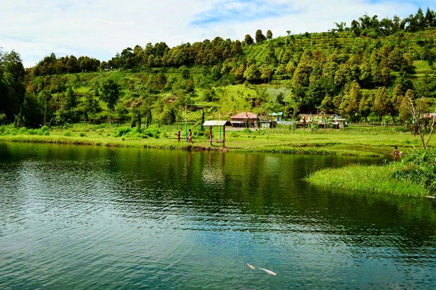 Telaga Madirda via amzngargoyoso.blogspotcom
