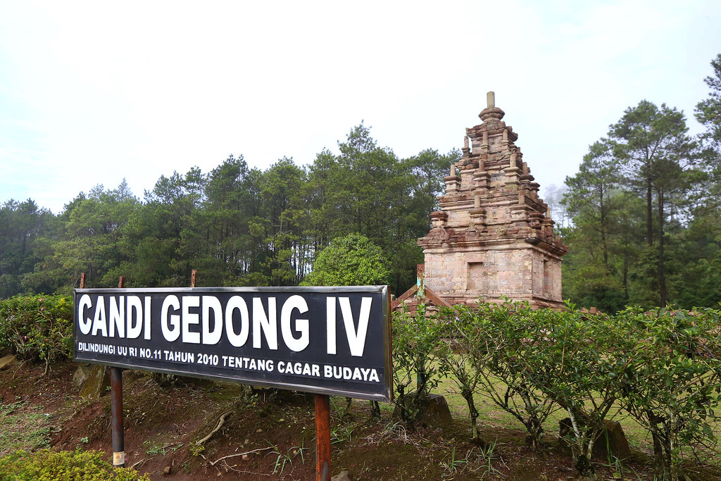 Candi Gedong Songo 4 via Flickr