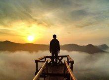 Mengintip Sunrise di Negeri Atas Awan di Bukit Panguk Kediwung
