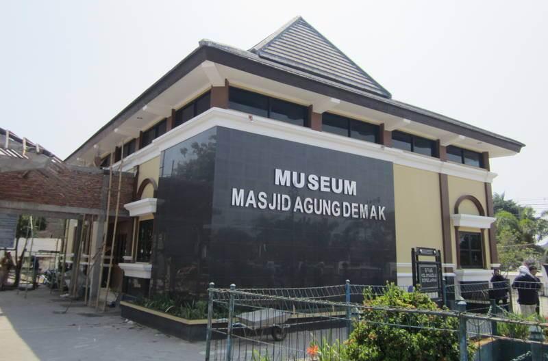 Museum Masjid Agung Demak via Javaloka