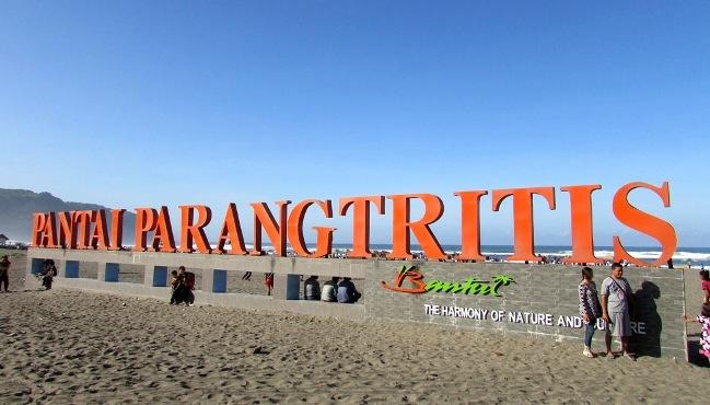 Pantai Parangtritis via Tribun wisata
