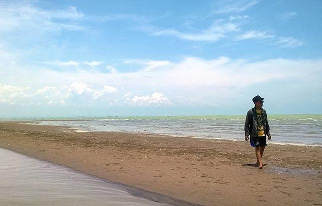 Pantai Surodadi via imgrum-net