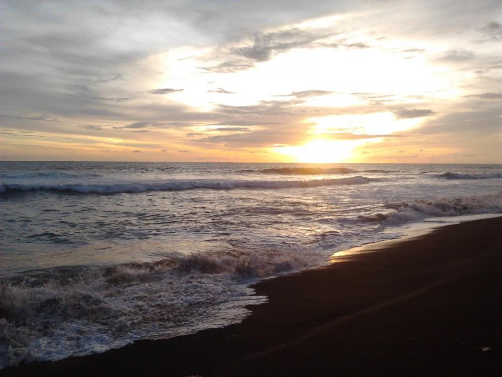 Sunset di Pantai Samas