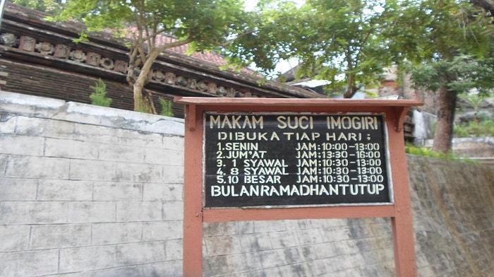 Jam Operasional Pemakaman Imogiri