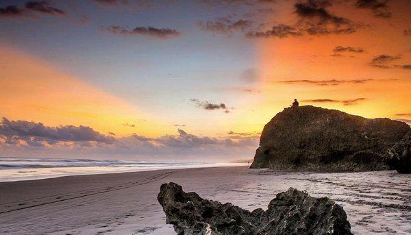 Senja di Pantai Parang Endog via IG @rizal_rosyadi