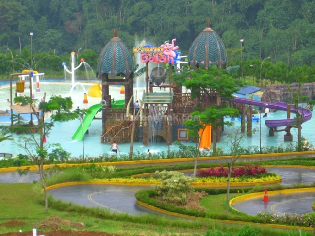 Wahana Waterboom