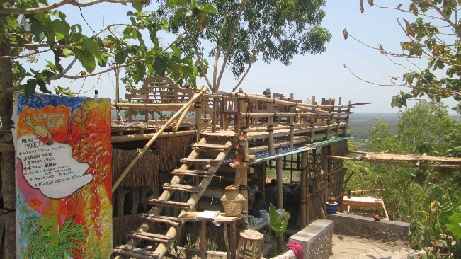 Watu Lumbung Bantul via Sipenyugunungnet