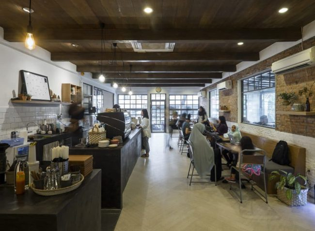 Dua Coffee Shop via Manual